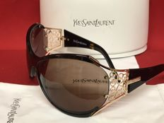 Yves Saint Laurent – Women's sunglasses