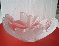 Lalique (France) - Compiegne Jardiniere  centrepiece bowl (marked)