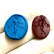 Ancient Roman Jasper gemstone engraved with a Mars advacing right holding spears and trophy. / 19mm.