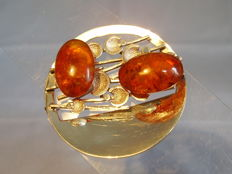 Antique handmade brooch with amber, around 1935/40