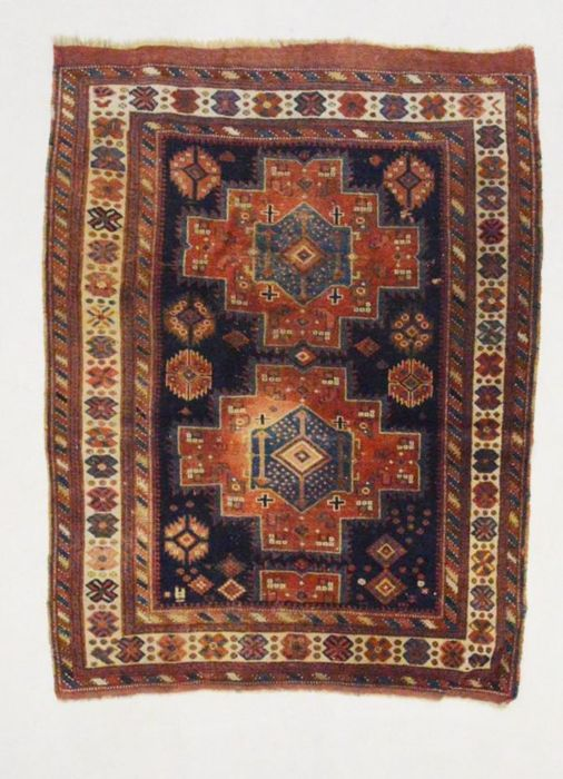 Antique and fine Oudjian carpet (all natural colours), 170 x 126 cm.