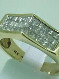 1.50-ct diamodn ring - size 55