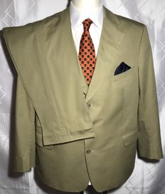 Burberry - Summer Suit