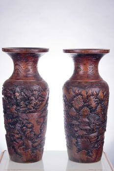Pair of carved wooden vases - Quing Dynasty - China - 19th Century - 76 cm