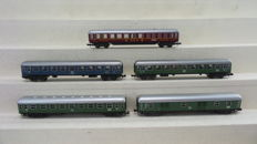 Minitrix N - including 3010/3011/13009 - Four passenger carriages of the DB, and 1 baggage carriage