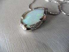18k Gold Opal and Diamond Pendant
