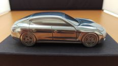 Porsche Panamera Turbo GI 2009 - solid aluminium Paperweight in luxury gift packaging - scale 1/43