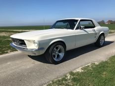 Ford - Mustang Coupe V8 - 1967