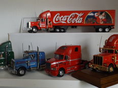 Matchbox - Scale 1/58 - Lot with 5 models: 1 x Mack, 2 x Peterbilt & 2 x Kenworth