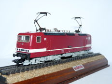Märklin H0 - 3443 - Electric locomotive BR 243 of the DB