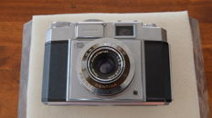 Zeiss Ikon Contina IIa with large viewfinder.