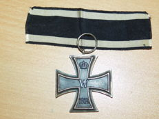 Original Iron Cross 2nd class on a ribbon, manufacturer: M.O.