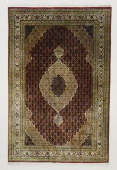 Indian Tabrix with silk, 296 x 198 cm, no.: 5476