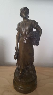 Maurice Constant (1892–1970) - bronze sculpture named Glaneuse - France - ca. 1930