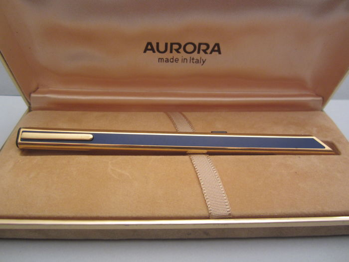 "Rare Aurora ""Thesi"" gold-plated ballpoint pen gold plated and enamelled in blue"