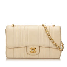 Chanel - Medium Lambskin Classic Flap