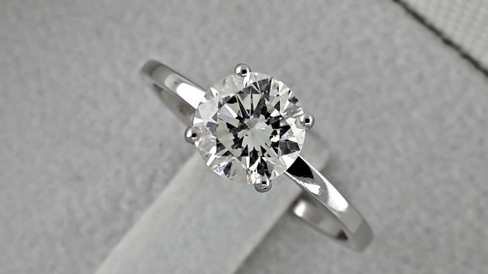 IGL 1.11 ct VS1 round diamond ring made of 18 kt white gold - size 6.5