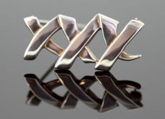 "Tiffany & Co. - ""Triple X"" by Paloma Picasso - Vintage sterling silver brooch - Size : 2.8 x 1.4 x 0.65 cm"