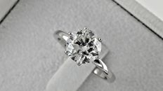 IGL 1.97 ct  round diamond ring made of 18 kt white gold - size 6.5