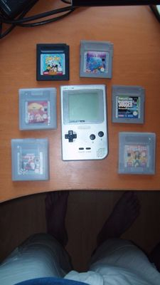 Video Games lot: Gameboy Pocket, Wii, Pokemon