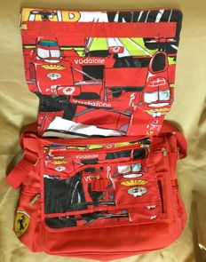 Ferrari bag from 2003 - With 13 pockets - Vodafone 2002 official sponsor - 2006