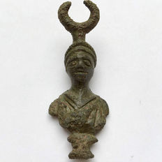 Ancient Roman Bronze Bust of Diana with crescent moon as a diadem / 47mm