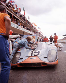 Porsche 917 Le Mans 1971 John Wyre Colour Photograph in Pits.