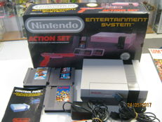 Boxed Nintendo Nes incl 3 games and zapper . Games like:Mario 1 / duckhunt , mario 2 and  Dr Mario