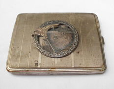 NS period cigarette case with war navy medal