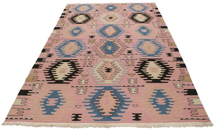 Authentic, original, handmade rug (size 245 x 158 cm) – Period: 1950s-1960s – Made in India – With certificate of authenticity from an official appraiser (Galleria Farah 1970).