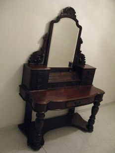 Victorian mahogany dressing table with tilting mirror - England - approx. 1900