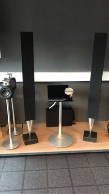 BeoSound 5 with BeoMaster 5 with Spotify + BeoLab 8000 top set.