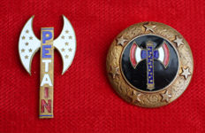 1 badge and 1 patriotic pin Francisque of Marshal Pétain second world war