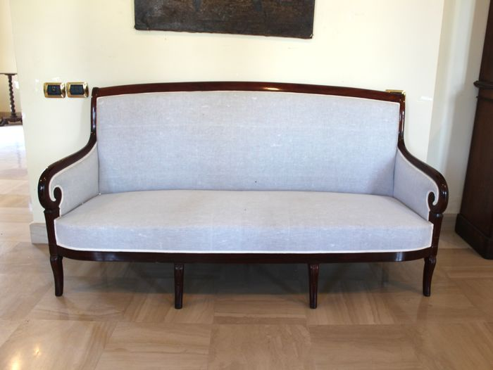 Sofa, Restoration period - Mahogany - First half 19th century
