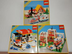 Classic Town - 6378 + 6380 + 6388 - Service Station + Emergency Treatment Center + Holiday Home with Caravan