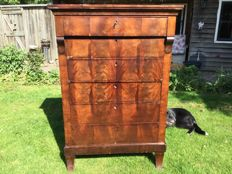Mahogany graduated chest of drawers - The Netherlands -  mid 19th century