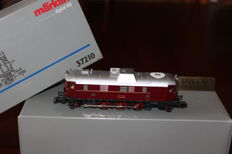 Märklin H0 - 37210 - Diesel Locomotive V140 of the DB