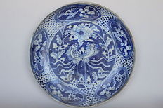 Swatow plate with double crane in blue white painting - China - Ming Dynasty circa 1580.