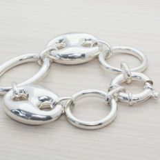 925 silver bracelet, with spring ring clasp in first grade silver. Bracelet length:  21.50 cm.