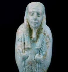Very beautiful faience Shabti of Nanefer-senebek, Son of Her-udja, born of Ta-net-per-nbw - ca. 11 cm