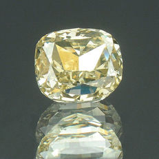 0.29 ct. Natural fantasy diamond, brownish yellow.