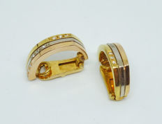 18 kt earrings with diamonds 0,10 ct - width:5.3mm height:: 19.2mm thickenss: 2.2mm