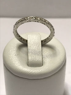 Alliance américaine en or blanc 18 carat et 28 diamants Top Wesselton