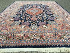 Handwoven Persian flowers KASHMAR - approx. 12qm - approx. 407 x 296cm - with certificate of authenticity - cleaned!