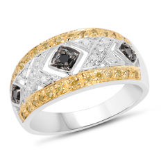 Diamond ring Diamonds 0.49 ct Colour of diamonds black, white, champagne...with certificate ring size: 53 / 16.9 mm/ US6/ France 13, England M ***No reserve price******