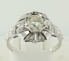 14 kt white gold Art Deco ring set with rose and old Amsterdam cut diamond