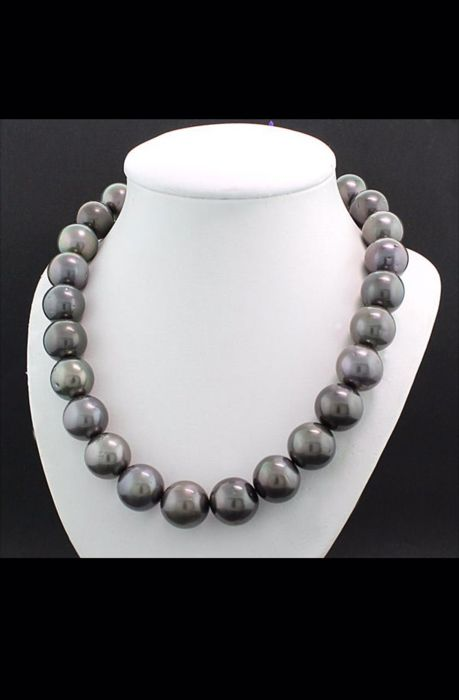 Tahitian pearl necklace - Anthracite colour - Bead diameter: 15-16 mm
