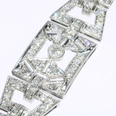 Stunning Art Deco platinum diamond cocktail bracelet, 1930