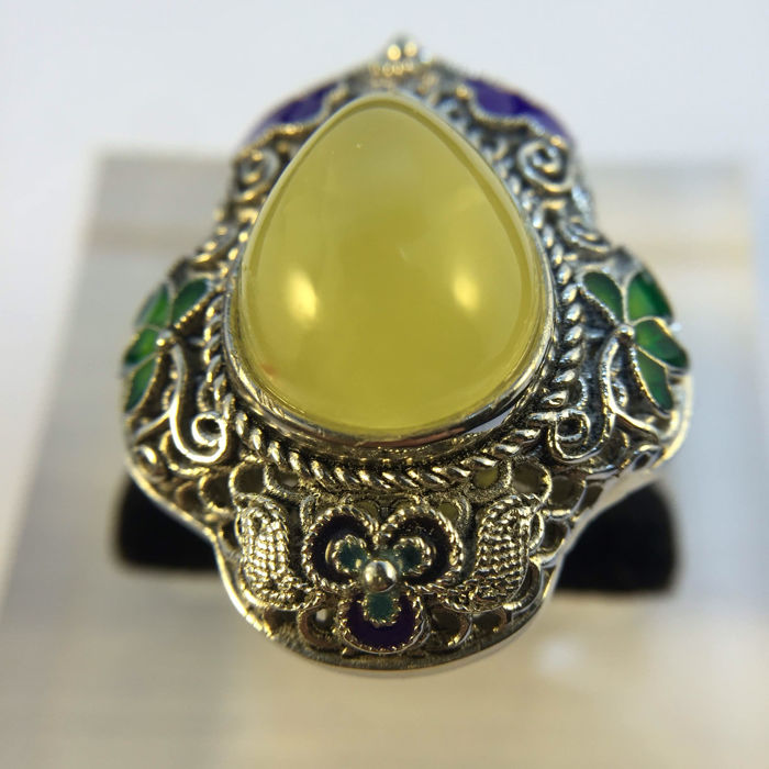 925 silver Cloisonne amber ring. Weight 13.3 grams