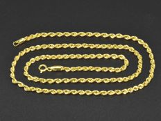 18k Gold Necklace. Chain Rope. Length 50 cm. No reserve price.